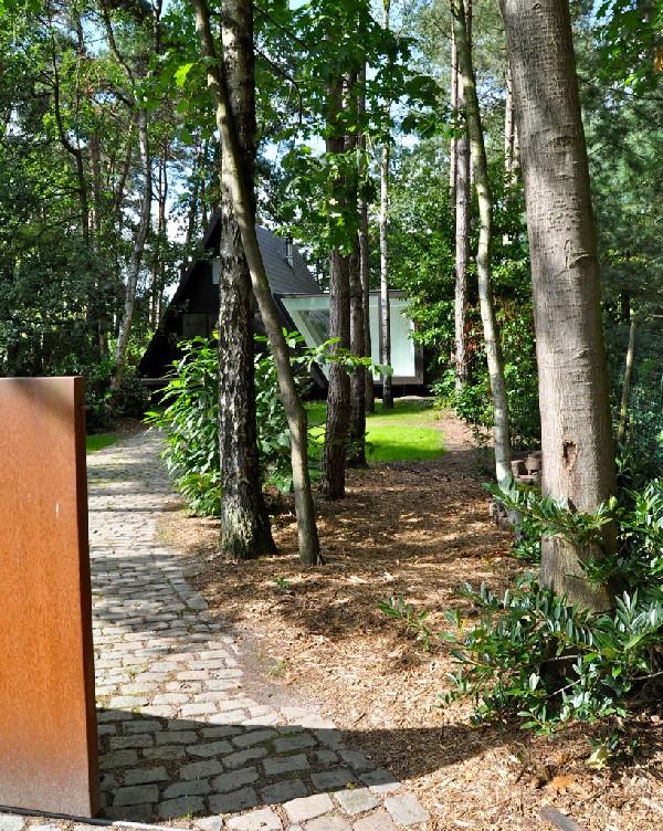 แบบบ้านชั้นเดียว สีดำสวยทันสมัย ขนาด 26 ตารางเมตร