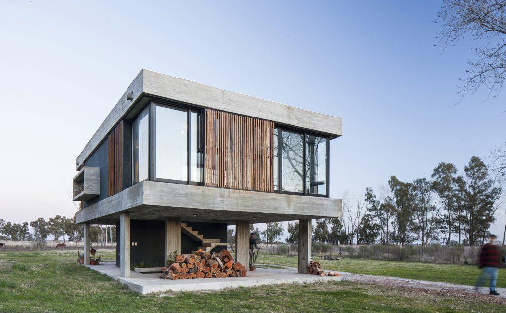 บ้านโมเดิร์น แบบบ้านชั้นเดียว ยกพื้นสูง Home Uribe