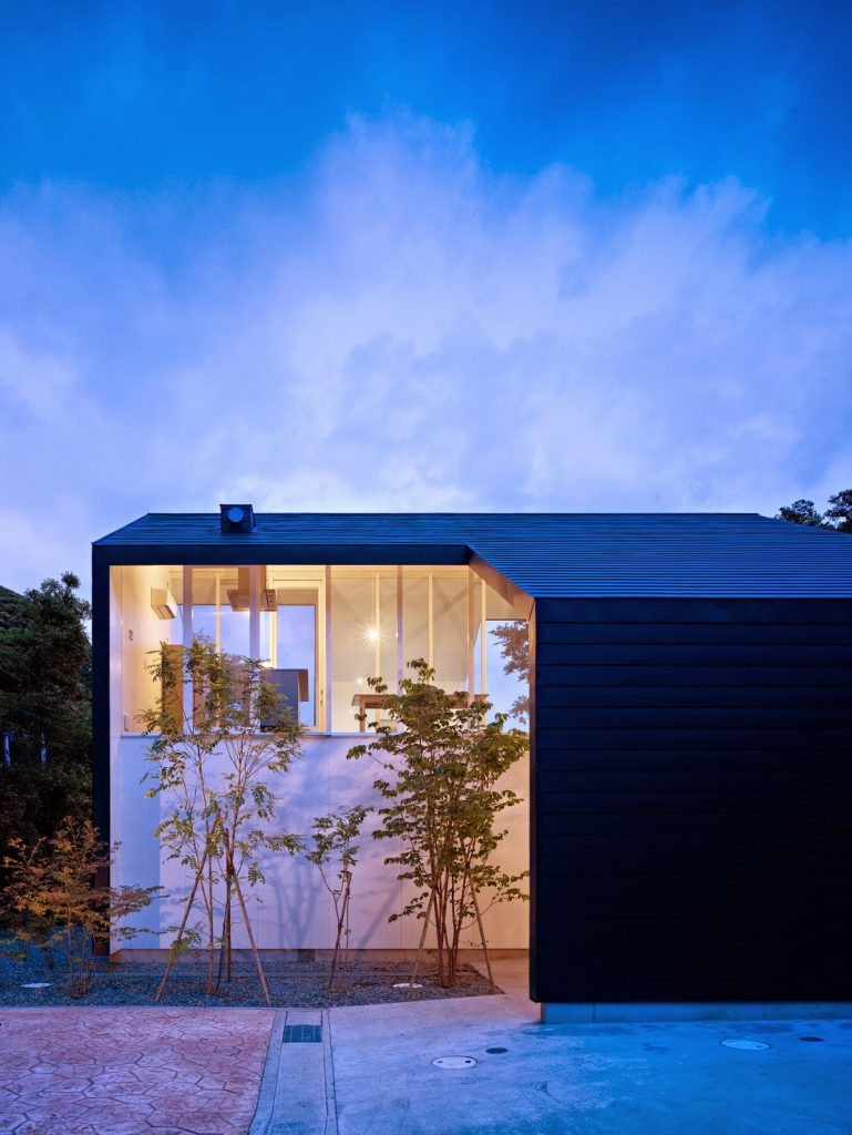 Kamakura House Modern