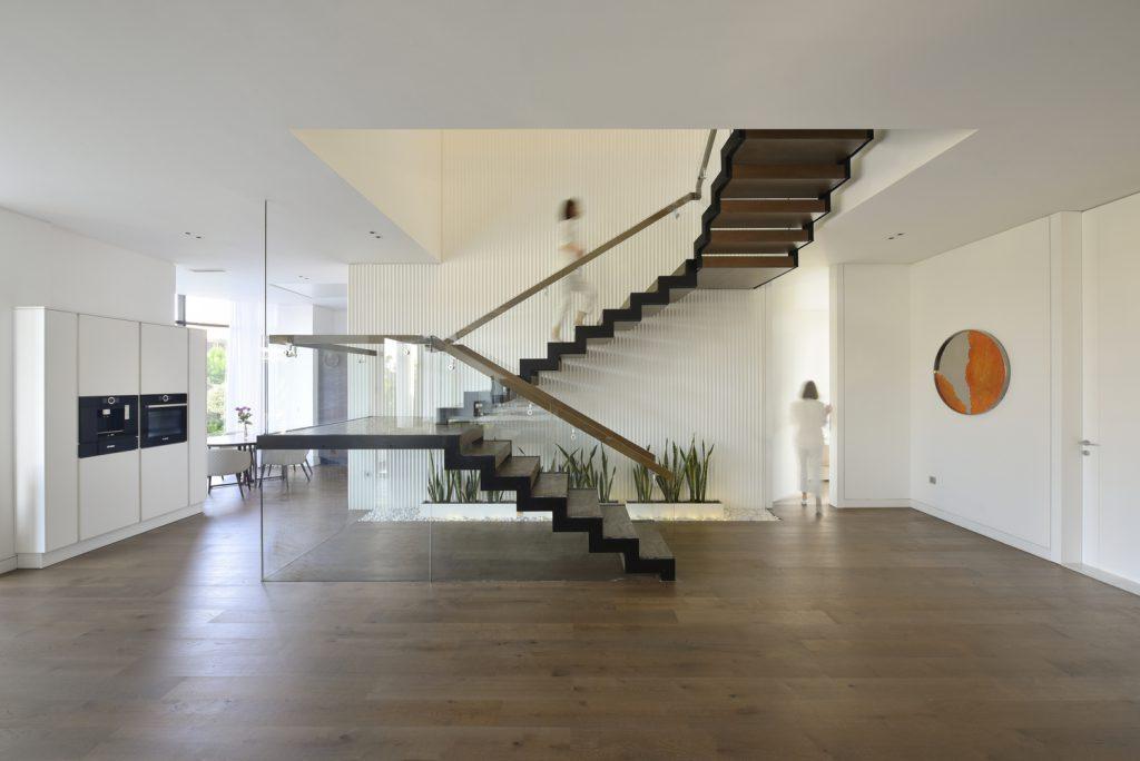 บ้านสไตล์โมเดิร์น 2 ชั้น Villa 174