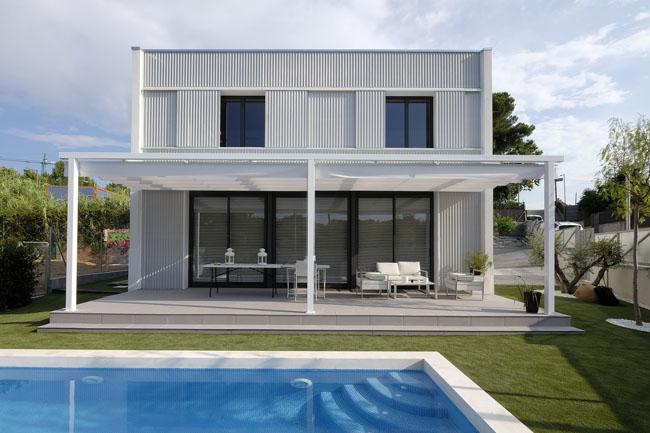 บ้านสีขาว Canovas Cassart House