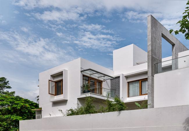 แบบบ้านสวยๆออกแบบกันสาดบัวพื้นผนังประดับตกแต่งอย่างสวยงาม