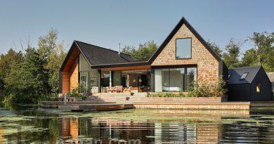 บ้านไม้ริมน้ำ Backwater House